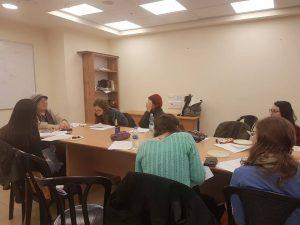 הרבנית הנקין בשיעור לבוגרות